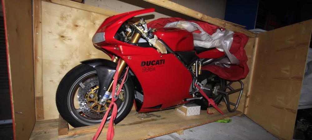 Абсолютно новый Ducati 996R