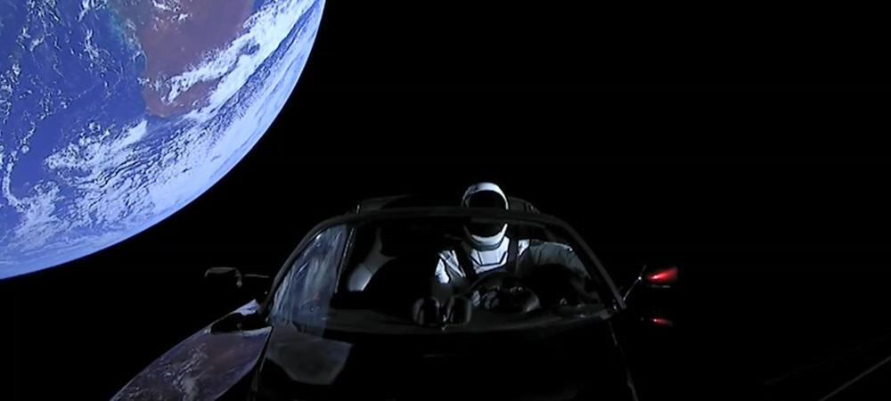 Как автопроизводители покоряют околоземное пространство