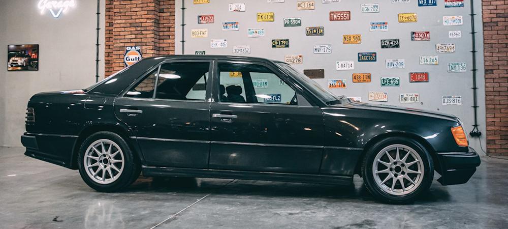 Hartge F1 1988 — безумный Mercedes-Benz W124 с мотором от BMW M1