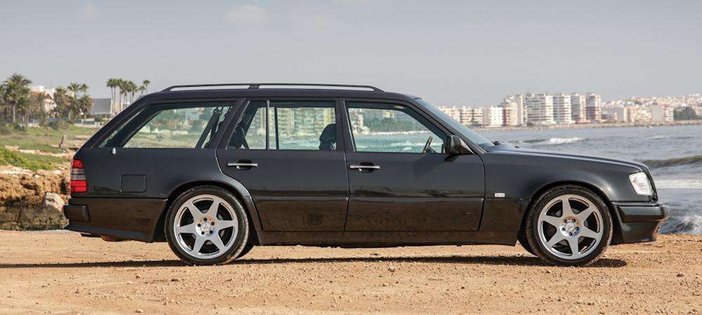 В этом универсале Mercedes-Benz E36 AMG семь посадочных мест